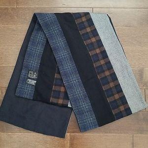 Mens JoS.A.Bank scarf